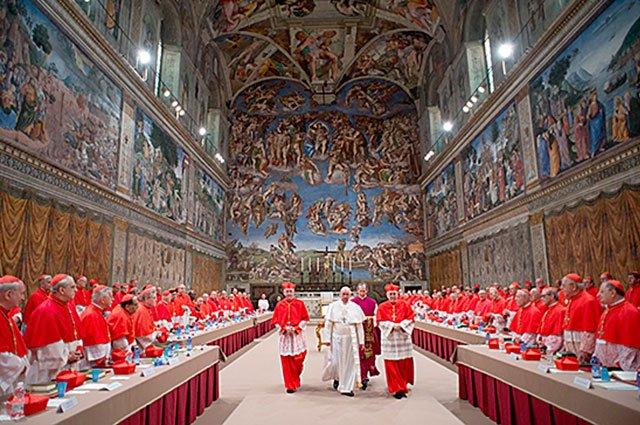La primera imagen como Papa saliendo del Cónclave