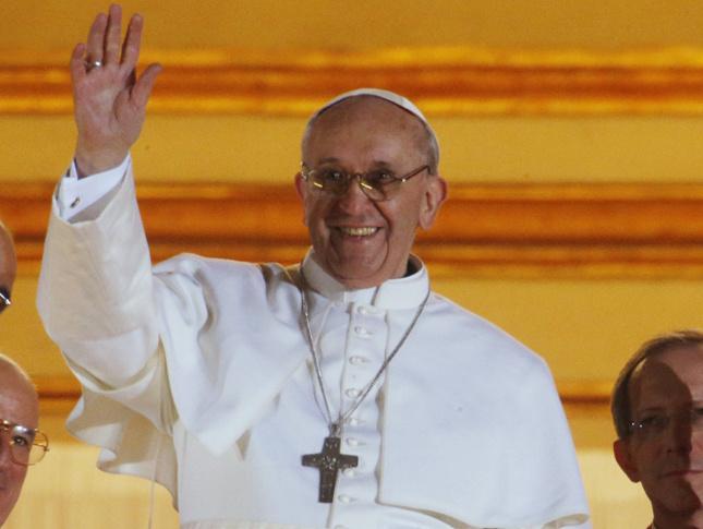 Finalmente, el Papa Francisco Saluda